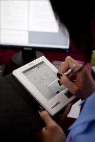 El Ministerio de Cultura reúne a expertos para analizar el libro electrónico